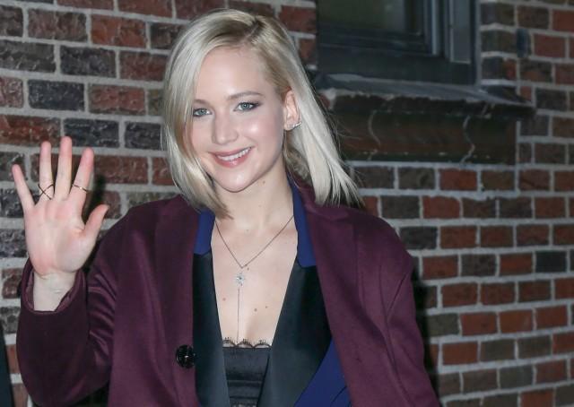 Jennifer Lawrence: ` Sono ufficialmente ancora un vergine Poiché ha norme