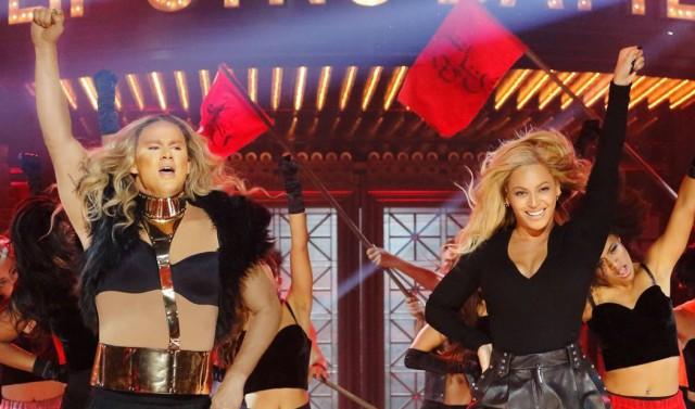 OROLOGIO: Channing Tatum esegue il ` esegue il mondo accanto a Beyoncé