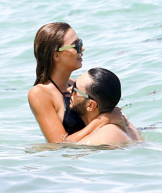 Sandra Kubicka  Cedric Gervais Pack On The PDA In Miami