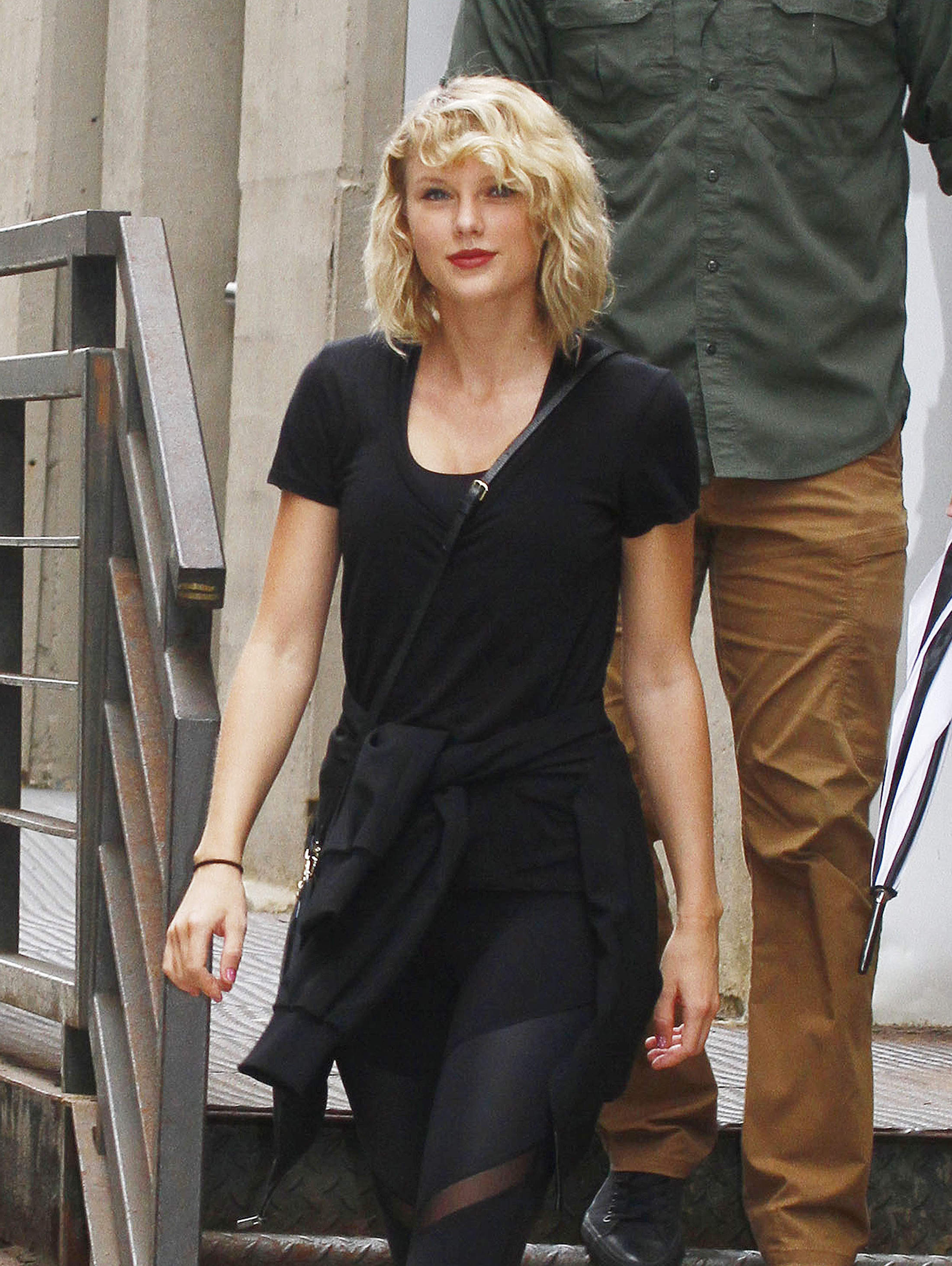 wheelchair jimmy meme revolving chair repairing in ahmedabad taylor swift wears all black nyc 212693 photos