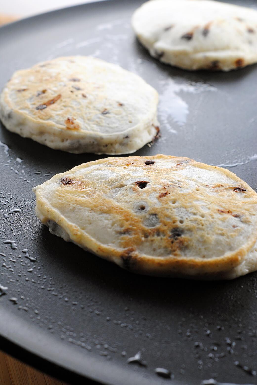 Banana And Chocolate Chip Vegan Pancakes - Black Food