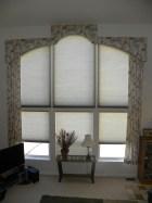 Cornice arch windows, Lee