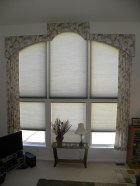Cornice arch windows, Lee