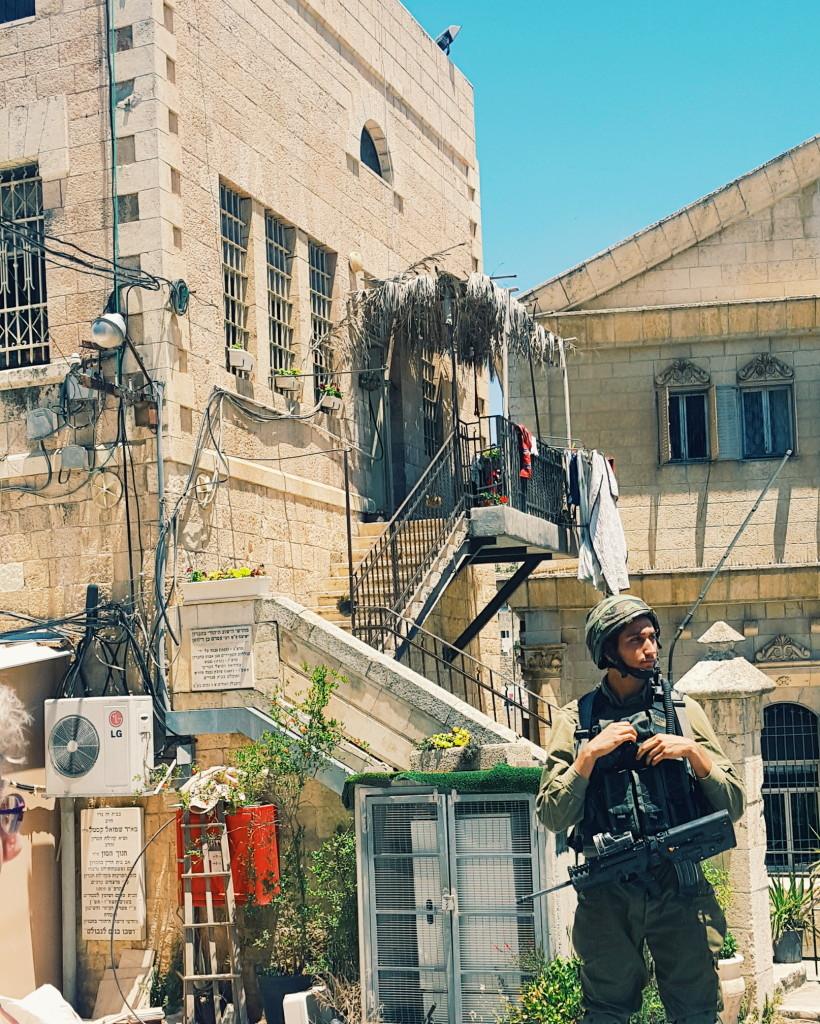 IDF Soldier guarding the border in Hebron | TheBlogAbroad.com