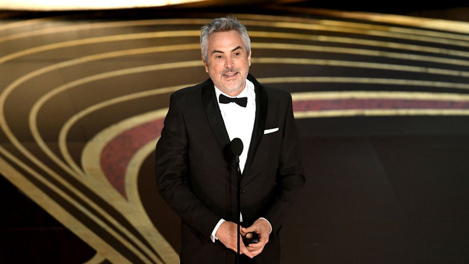 alfonso_cuaron_accepts_the_best_director_award_for_roma_onstage_during_the_91st_annual_academy_awards-oscars_2019-getty-h_2019_