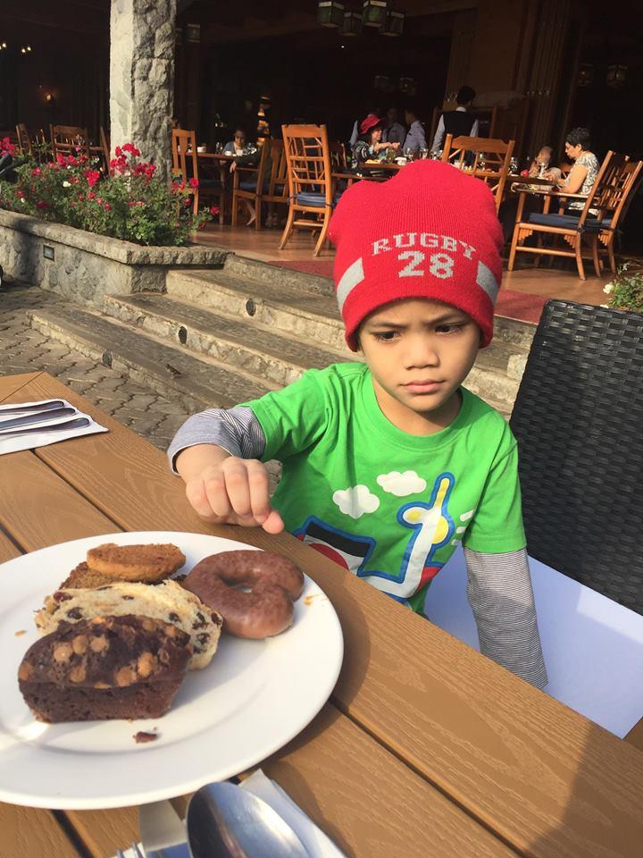 bruce breakfast