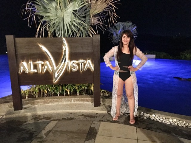 Pose at the Alta Vista Infinity Pool during our Boracay 2019 vacation