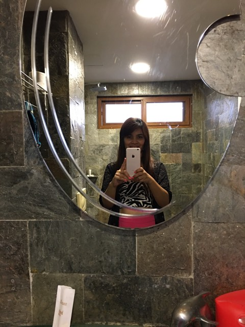 restroom selfie at Ambassador in Paradise Boracay