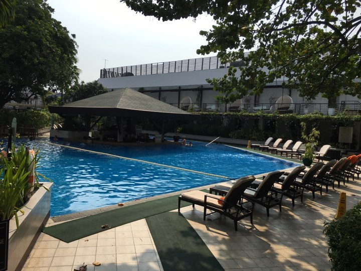 the swimming pool at the Manila Hotel