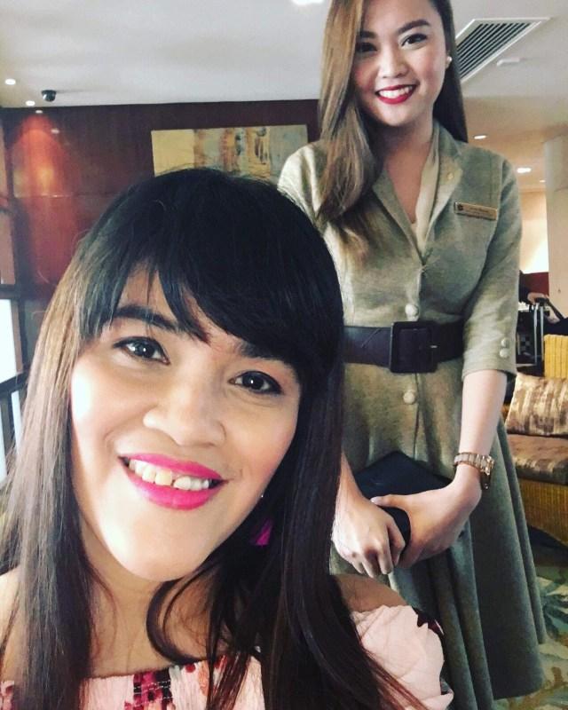 With Ms. Jovyn of EDSA Shangri-l;a Manila