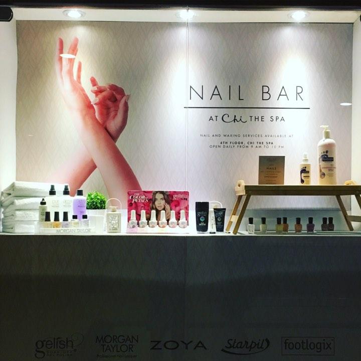 nail bar.jpg
