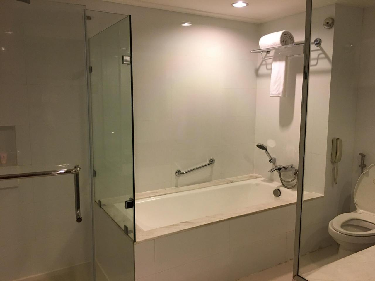 The white bathroom in our one-bedroom suite at Discovery Suites