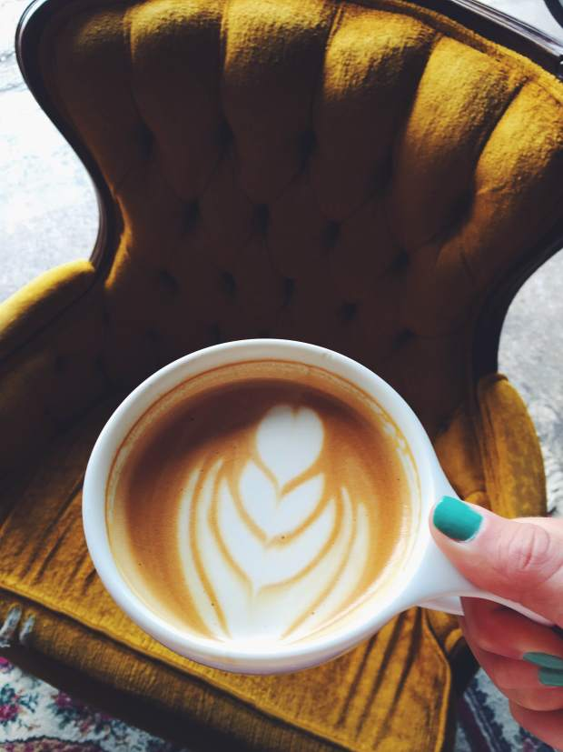 BREW cafe latte