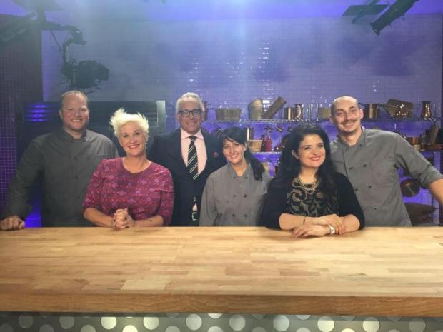 Dawn Viola cooks vs cons winner on Food Network Orlando Bloggers Speaker The Blogger Union
