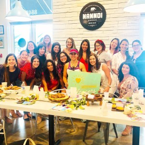 Group Photo of South Florida Mom Bloggers Meetup at Nanndi - June 2019