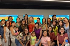 South Florida Mom Bloggers Group Photo - August Meetup