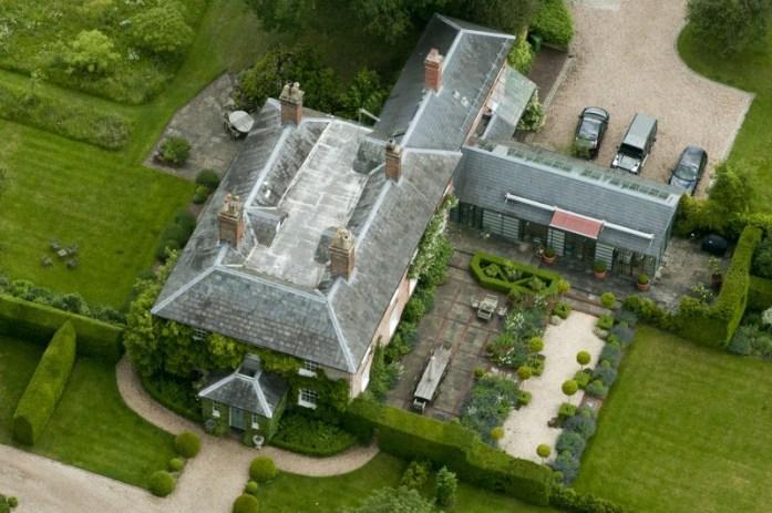 Bucklebury Manor - Exterior Aerial