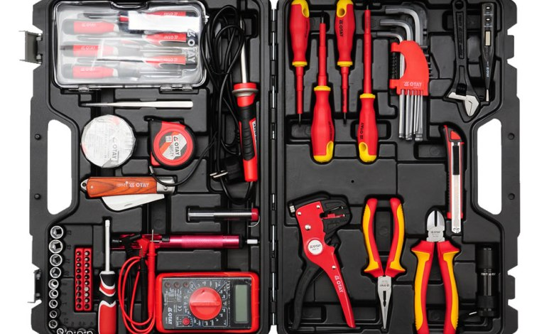 6 must-have tools for every new electrician's toolbox