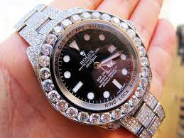 Photo of Ultimate Guide To Buy Diamond Watch