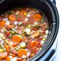 Easy Crock Pot Vegetable Soup