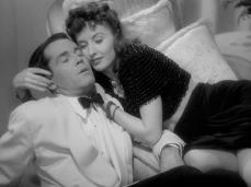 TheLadyEve Fonda Stanwyck cuddle