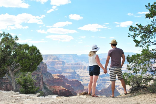 couple at the grand canyon engagement
