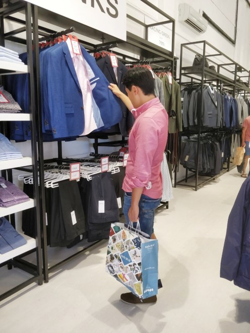 Clark's Village shopping