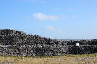 The walls of Dún Aonghasa.