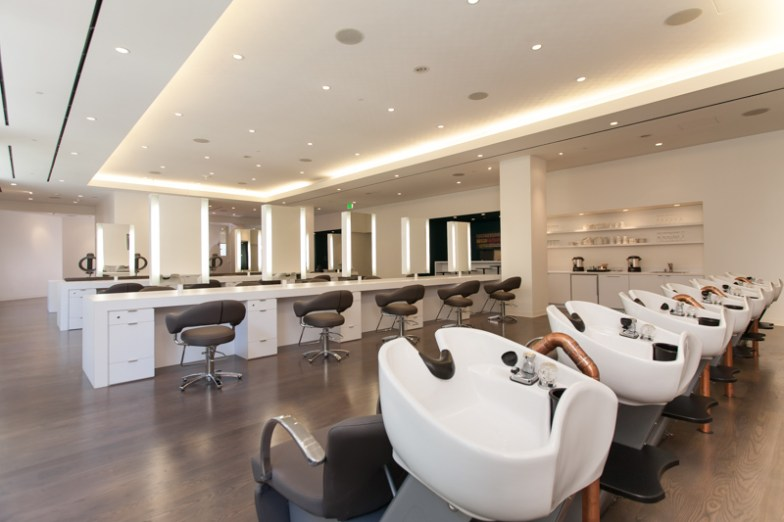 JROLAND-Salon-Interior-74