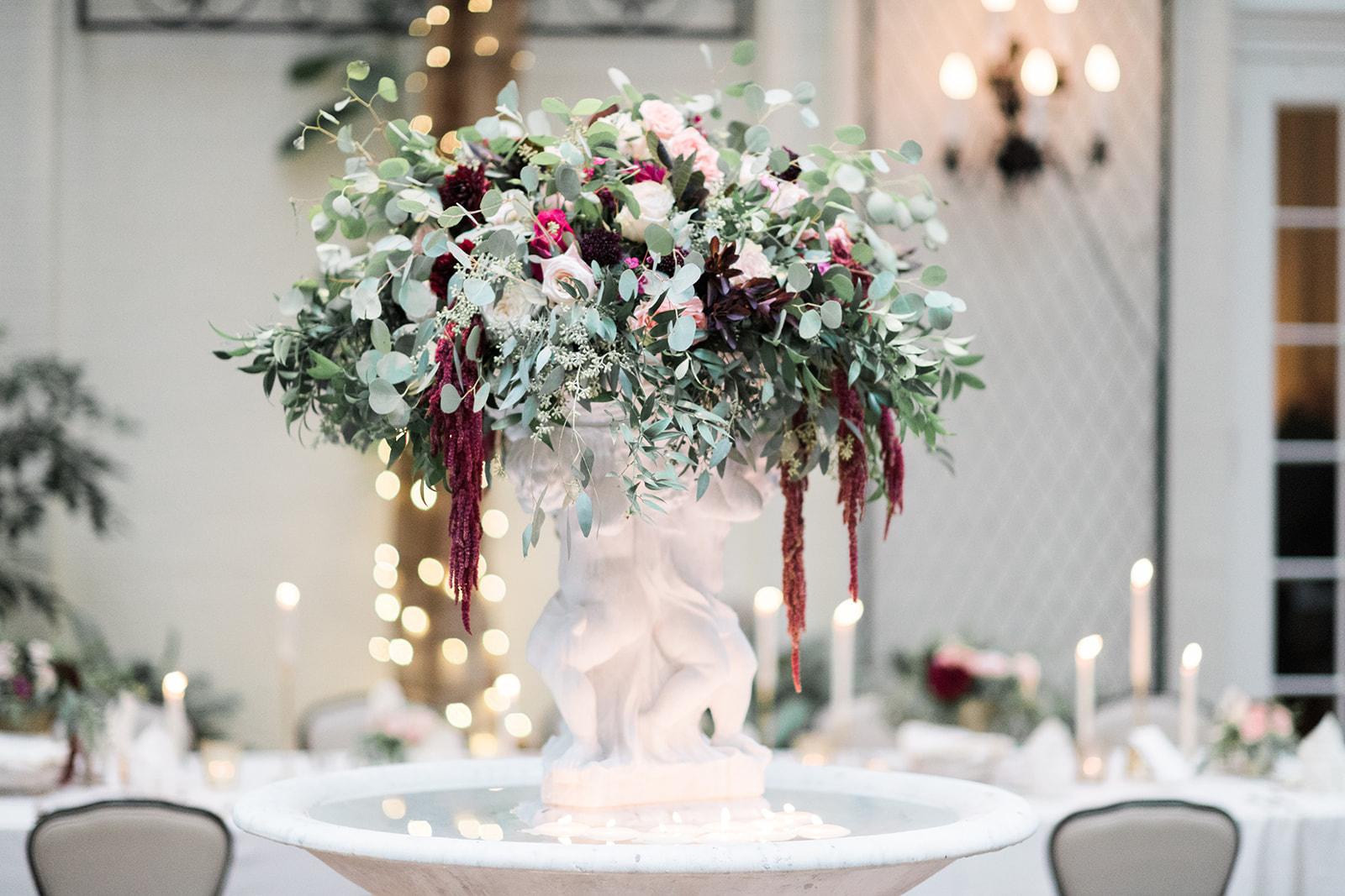 Fox Chapel Golf Club wedding textural fountain flowers