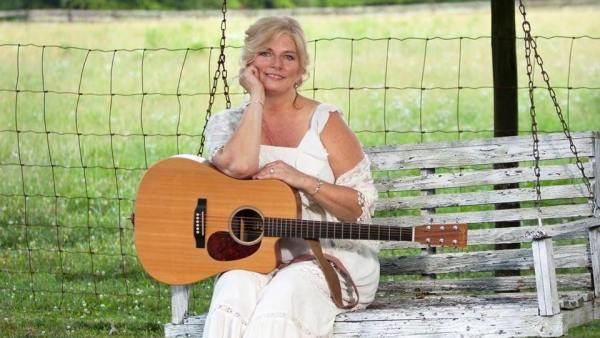 """Every Bit of Ali Shumate """"I just fell back in love with this season of my life and the opportunity to get out and make music again. I'm so happy to be back at it in a serious way."""""""