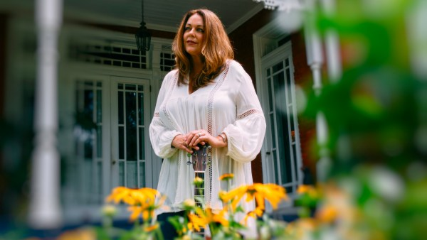 """Donna Ulisse: Still Here – Going Strong """"I got a cold from flying on a plane that developed into pneumonia. That led to pleurisy, then to sepsis."""
