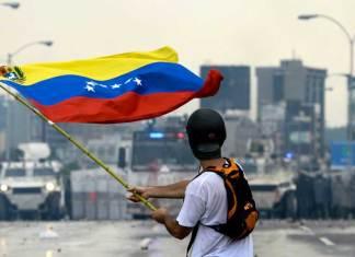 Venezuela crisis, Venezuela Colombia