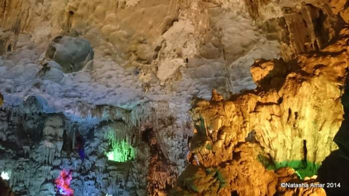 Thien Cung Cave A Photo Journey Through Halong Bay
