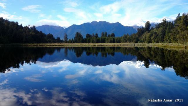 How to Spend Two Weeks in New Zealand: A complete 2 week New Zealand itinerary for the best spots in the North Island and South Island of New Zealand, from my New Zealand honeymoon. Plus practical tips and advice to plan your own 2 weeks in New Zealand.
