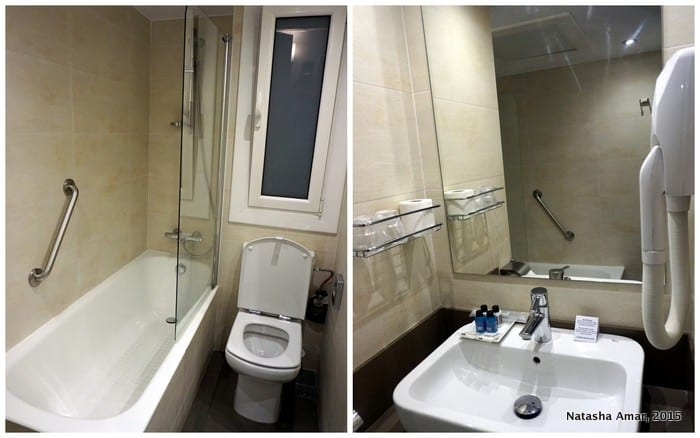 Bathroom Aparthotel Silver Barcelona