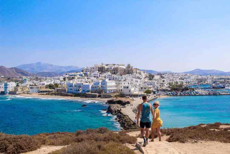 Naxos Town Enjoy a slice of island paradise on the best Naxos beaches in the popular Cyclades islands in Greece. From sandy beaches with crystal waters and secret coves for privacy, these are the best beaches in Naxos.