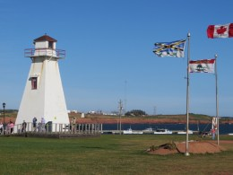 bridgelighthouseflags