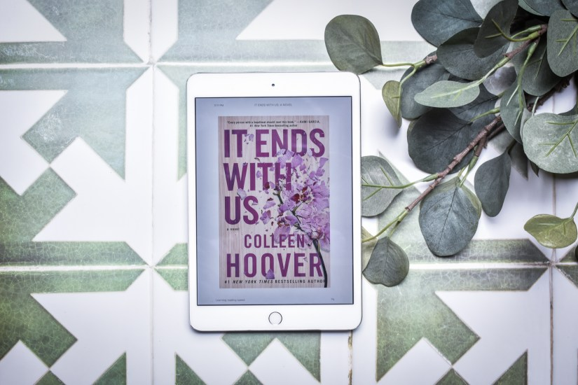 Book Review of It Ends with Us by Colleen Hoover