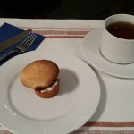 Whole sponge and tea