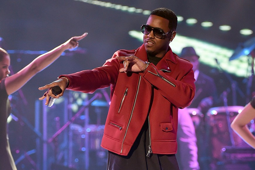Jeremih Performs 'Oui' and 'Planes' at 2015 Soul Train Awards