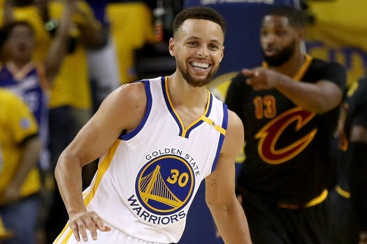 Stephen Curry Agrees to $201 Million Supermax Contract ...
