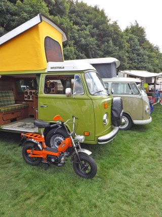 77 VW Westfalia Stereo System Speakers BoomCase BoomBox Camper Suitcase Vintage Wooden Bluetooth Best