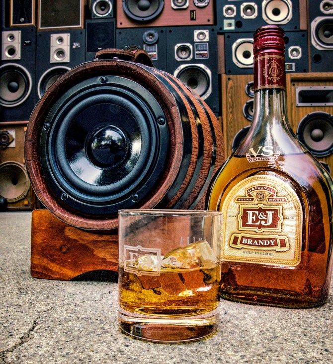 BoomCase E&J Brandy Barrel Speaker Portable