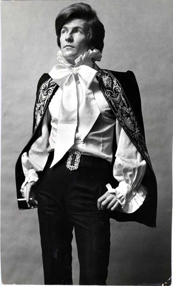 Patrick Litchfield, Wearing Mr. Fish, 1971 Copyright © 1971 Rex USA. No use without permission. Courtesy Museum of Fine Arts, Boston
