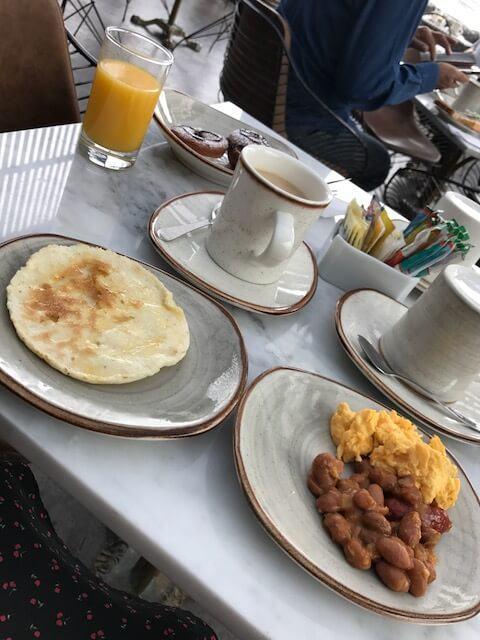 breakfast at art hotel medellin