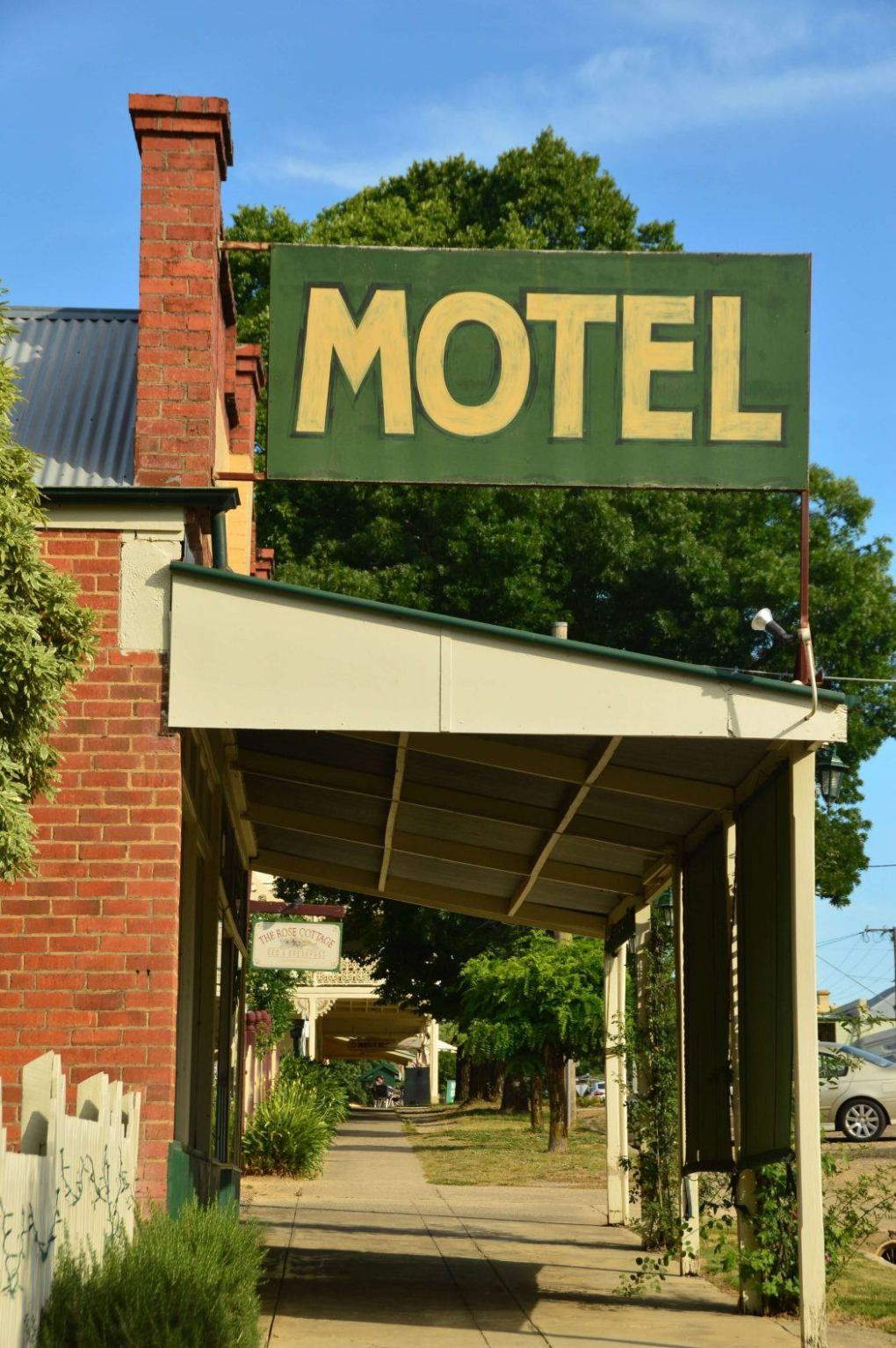 motel sign in small australian country town