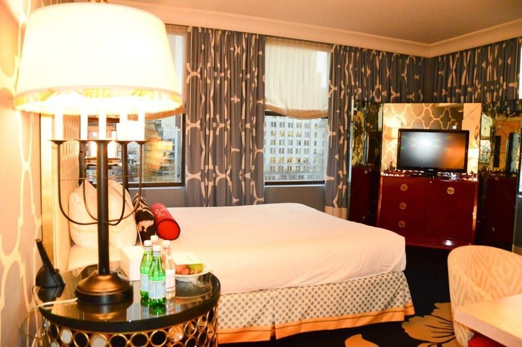 room at the hotel kimpton monaco in philadelphia