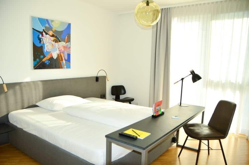 austria_graz_lend-hotel-room