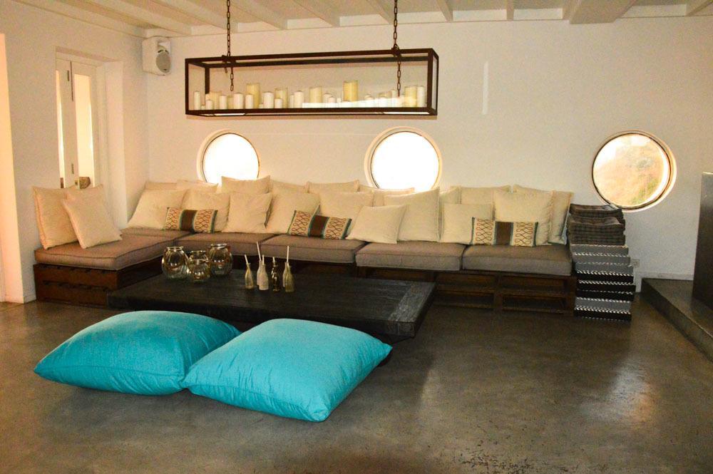 greece_ios_ios-club-lounge